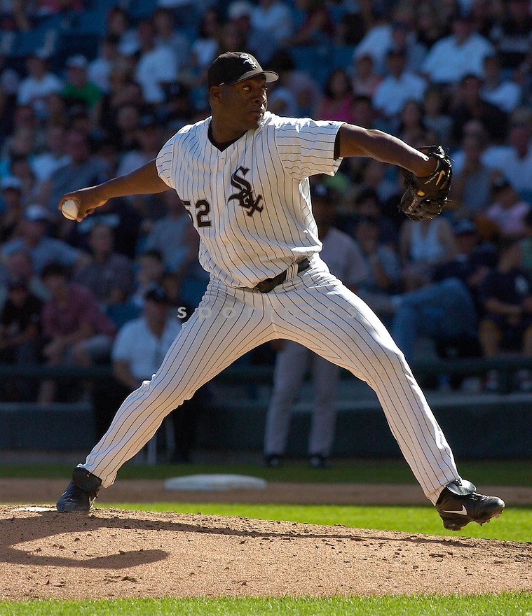 Jose Contreras, of the Chicago White Sox, in action against the New York Yankees, on August 21, 2005...White Sox win 6-2...Chris Bernacchi / SportPics