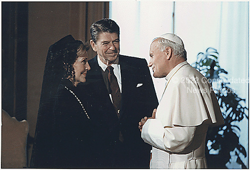 U.S. President Ronald Reagan and First Lady Nancy Reagan meet with Pope John Paul II in  The Vatican in Rome on June 7, 1982.<br /> Credit: White House via CNP