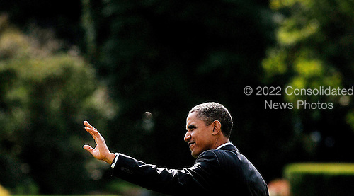 United States President Barack Obama departs the White House en route to Delaware to attend an event for Senate candidate Chris Coons, Friday,  October 15 2010 at the White House in Washington DC..Credit: Olivier Douliery / Pool via CNP