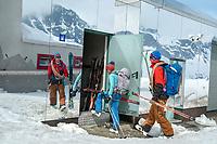 A couple arrives at the Bella Vista Hut during the Öztal ski tour, Austria