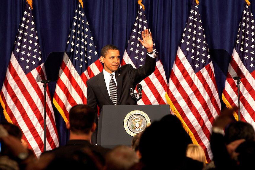 AJ ALEXANDER/AAP - Presedent Barak Obama at Dobson High Scool in Mesa, Arizona wed Feburary 18, 2009 at about 10:25 am.  Photo by AJ ALEXANDER