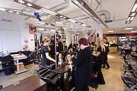 Pictured: Hairdressing. Tuesday 23 September 2014<br /> Re: Cardiff and Vale College, Barry Campus.