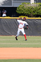 Wellington Chal participates in the International Prospect League Showcase at the New York Yankees academy in Boca Chica, Dominican Republic on January 24, 2014 (Bill Mitchell)