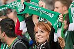 15.04.2018, Weser Stadion, Bremen, GER, 1.FBL, Werder Bremen vs RB Leibzig, im Bild<br /> <br /> <br /> Fahnen Bahner Stimmung Emotionen Fans<br /> <br /> Foto &copy; nordphoto / Kokenge