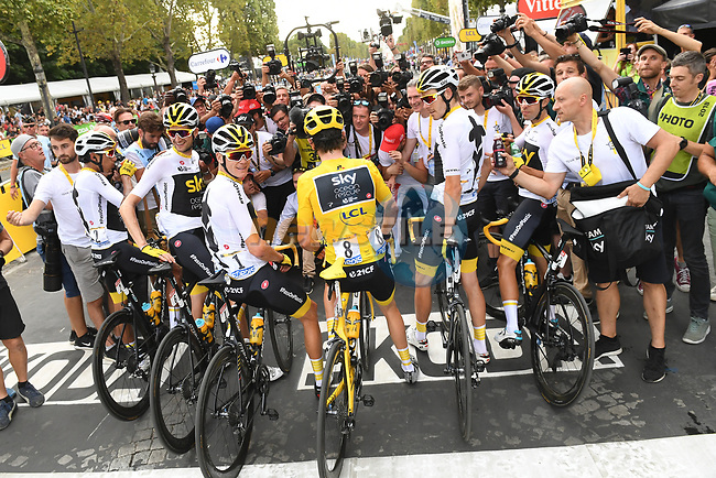Geraint Thomas (WAL) Team Sky wins the overall Yellow Jersey and Chris Froome (GBR) Team Sky in 3rd pictured with the team at the end of Stage 21 of the 2018 Tour de France running 116km from Houilles to Paris Champs-Elysees, France. 29th July 2018. <br /> Picture: ASO/Pauline Ballet | Cyclefile<br /> All photos usage must carry mandatory copyright credit (© Cyclefile | ASO/Pauline Ballet)