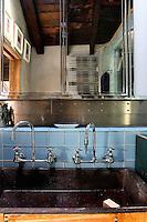 inox faucets