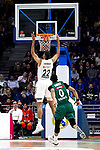 Real Madrid's Walter Tavares and Zalgiris' Brandon Davies during Euroligue match between Real Madrid and Zalgiris Kaunas at Wizink Center in Madrid, Spain. April 4, 2019.  (ALTERPHOTOS/Alconada)