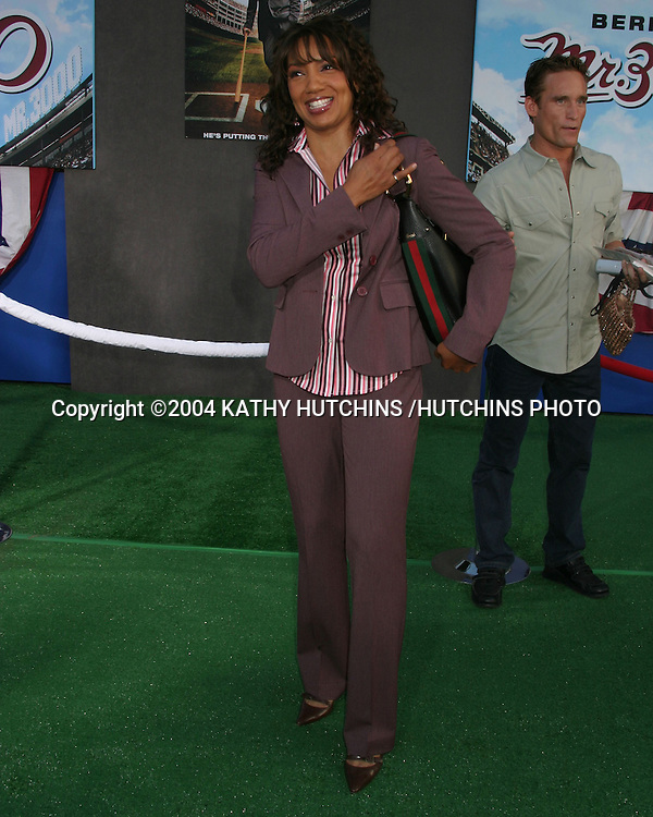 "©2004 KATHY HUTCHINS /HUTCHINS PHOTO.PREMIERE OF ""MR. 3000"".HOLLYWOOD, CA.SEPTEMBER 8, 2004..ARTHEL NEVILLE"