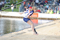 FIERLJEPPEN: IT HEIDENSKIP: Accommodatie It Swaeigat, Fierljepvereniging It Heidenskip, 20-06-2012, 1e Klas wedstrijd, Dames A, Grytsje Abma, ©foto Martin de Jong