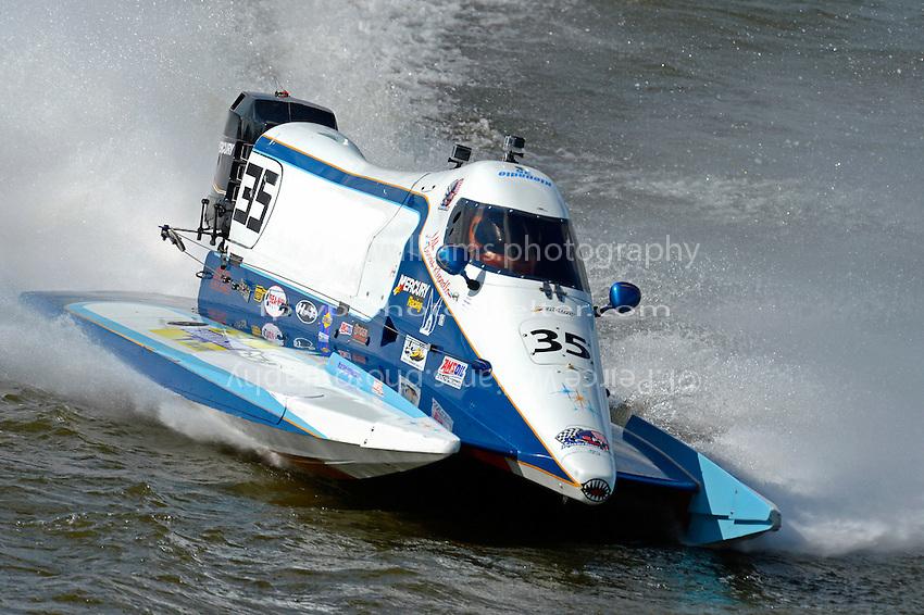 Mike Klepadlo (#35)  (F1)