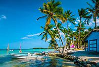 Dominikanische Republik, Punta Cana Beach Resort: Strand, Huette, Boote   Dominican Republic, Punta Cana Beach Resort, beach, hut, boats