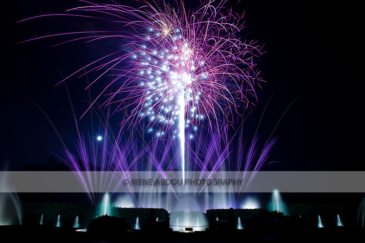 "Each year throughout the summer, Longwood Gardens in Kennett Square, Pennsylvania puts on 30-minute ""Fireworks and Fountains"" performances.  These magnificent  fireworks displays are set against a backdrop of illuminated fountains, both of which are choreographed to music.  These are just a few of Longwood's 400 annual musical and theatre performances, and other events."