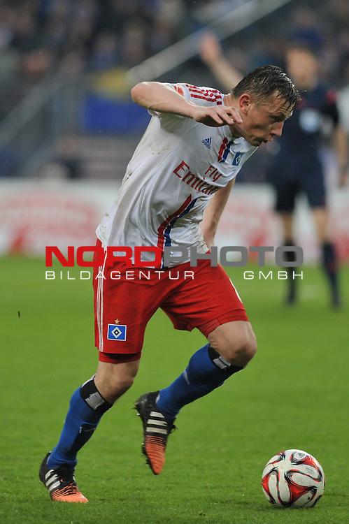 11.04.2015,  Imtech Arena, Hamburg, GER, 1. FBL, Hamburger SV vs VfL Wolfsburg, im Bild Einzelaktion Hochformat Ivica Olic (Hamburg #08)/<br /> Foto &copy; nordphoto / Witke