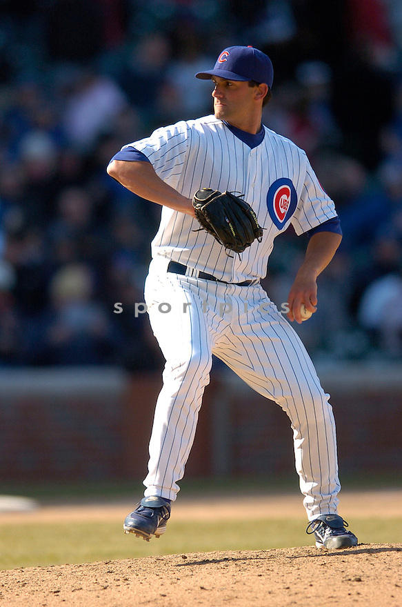 CARMEN PIGNATIELLO, of the Chicago Cubs, in action during the Cubs game against the Milwaukee Brewers in Chicago, IL  on April 2, 2008...Cubs win 2-0...CHRIS BERNACHHI / SPORTPICS..