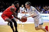 GRONINGEN - Basketbal, Donar - Spirou Basket, Martiniplaza, Europe Cup, seizoen 2018-2019, 20-11-2018, Donar speler Grant Sitton met Spirou speler Dario Hunt