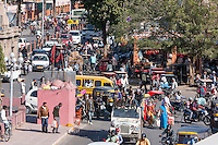 Jaipur, Rajasthan, India.  Mid-day Traffic in Downtown Jaipur.