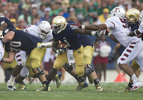 August 31, 2013:  Notre Dame running back Greg Bryant (1) runs the ball during NCAA Football game action between the Notre Dame Fighting Irish and the Temple Owls at Notre Dame Stadium in South Bend, Indiana.  Notre Dame defeated Temple 28-6.