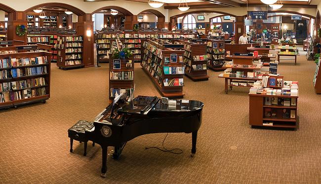 Hammes Notre Dame Bookstore..Photo by Matt Cashore/University of Notre Dame