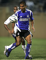 2 April 2005:  Ronald Cerritos of Earthquakes against Revolution at Spartan Stadium in San Jose, California.   Earthquakes and Revolutions tied at 2-2.  Credit: Michael Pimentel / ISI
