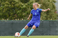 20170914 - TUBIZE ,  BELGIUM : Dutch Stefanie Van Der Gragt  pictured during the friendly female soccer game between the Belgian Red Flames and European Champion The Netherlands , a friendly game in the preparation for the World Championship qualification round for France 2019, Thurssday 14 th September 2017 at Euro 2000 Center in Tubize , Belgium. PHOTO SPORTPIX.BE | DAVID CATRY