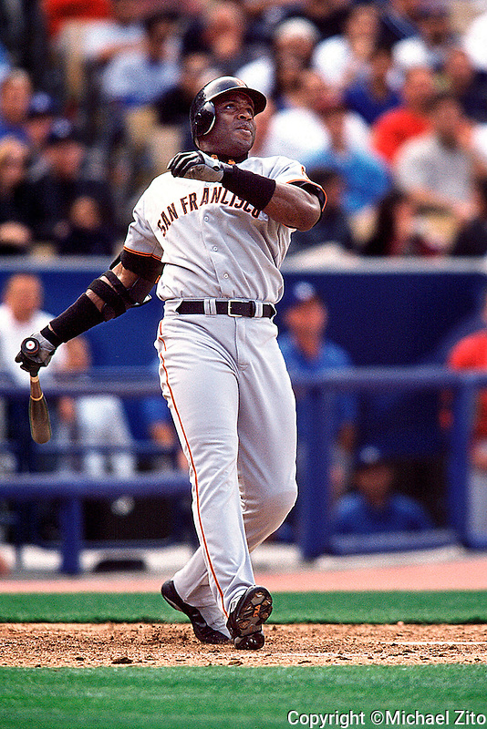 San Francisco Giants Slugger Barry Bonds hits his second homer of the day<br />