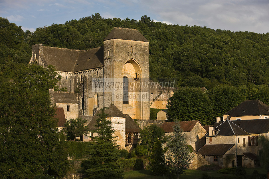 Europe/France/Aquitaine/24/Dordogne/Périgord Noir/Saint-Amand-de-Coly: L'abbaye de Saint-Amand-de-Coly et els maisons du village
