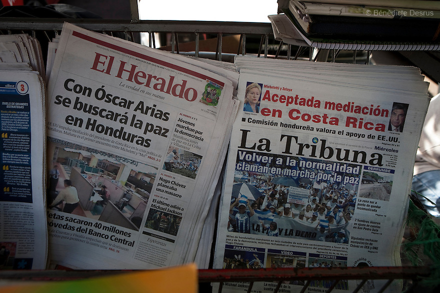 8 July 2009 - Tegucigalpa, Honduras - Covers of the coup friendly newspapers for sale in Tegucigalpa., capital of Honduras. Almost all of the media in Honduras is controlled by interests that supported the coup. Photo credit: Benedicte Desrus