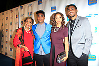 LOS ANGELES - DEC 5: Dolores Robinson, Robinson Peete, Holly Robinson Peete, RJ Peete at The Actors Fund's Looking Ahead Awards at the Taglyan Complex on December 5, 2017 in Los Angeles, California