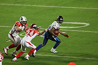 Roddy White (NFC) verfolgt von Champ Bailey (AFC)<br /> AFC vs. NFC Pro Bowl, Sun Life Stadium *** Local Caption *** Foto ist honorarpflichtig! zzgl. gesetzl. MwSt. Auf Anfrage in hoeherer Qualitaet/Aufloesung. Belegexemplar an: Marc Schueler, Alte Weinstrasse 1, 61352 Bad Homburg, Tel. +49 (0) 151 11 65 49 88, www.gameday-mediaservices.de. Email: marc.schueler@gameday-mediaservices.de, Bankverbindung: Volksbank Bergstrasse, Kto.: 151297, BLZ: 50960101
