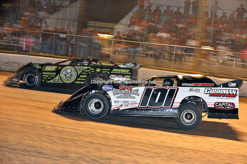 Feb 20, 2014; 9:45:39 PM;  Barberville, FL, USA;  World of Outlaws Late Model Series for 43rd Annual DIRTcar Nationals presented by Summit Racing Equipment at Volusia Speedway Park.  Mandatory Credit: (thesportswire.net)