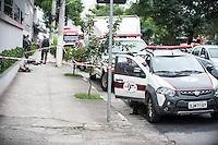 SÃO PAULO,SP, 30.03.2016 - CRIME-SP - Um homem invadiu a sala dos juízes no Forum Butantã, mantendo como refém uma juíza Dra Tatiane Moreira de Lima, o suspeito foi detido, a juíza foi socorrida e levada ao Pronto Socorro do Forum no bairro Butantã na região oeste de São Paulo, quarta-feira, 30. (Foto: Rogerio Gomes/Brazil Photo Press)
