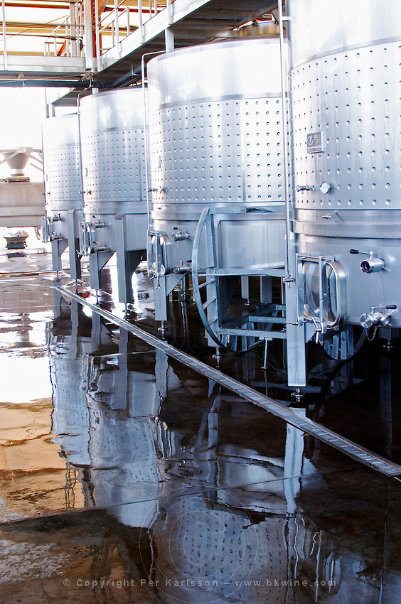 cleaning the winery floor herdade de sao miguel alentejo portugal
