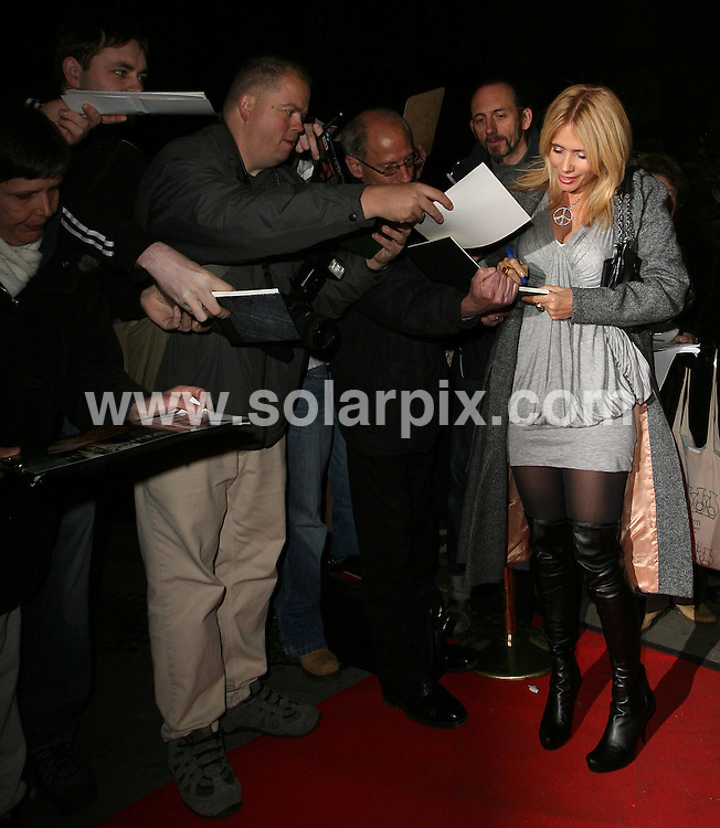 **ALL ROUND PICTURES FROM SOLARPIX.COM**.**WORLDWIDE SYNDICATION RIGHTS**.Guests attend the VIP press night of 'Desperately Seeking Susan' at the Novello theatre, Aldwych, London. 15th November 2007..This pic: Rosanna Arquette..JOB REF: 5338 SSD     DATE: 15_11_2007.**MUST CREDIT SOLARPIX.COM OR DOUBLE FEE WILL BE CHARGED* *UNDER NO CIRCUMSTANCES IS THIS IMAGE TO BE REPRODUCED FOR ANY ONLINE EDITION WITHOUT PRIOR PERMISSION*