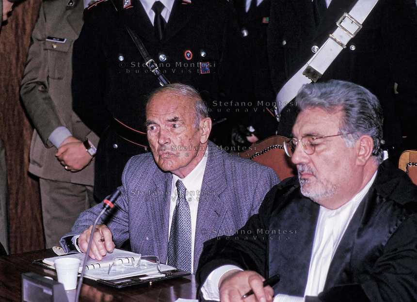 Rome Military Court 1996..Trial to SS Captain Erich Priebke for the massacre of 335 men and boys at the Ardeatine Caves near Rome during World War II..Erich Priebke  with the lawyer  Velio Di Rezze.