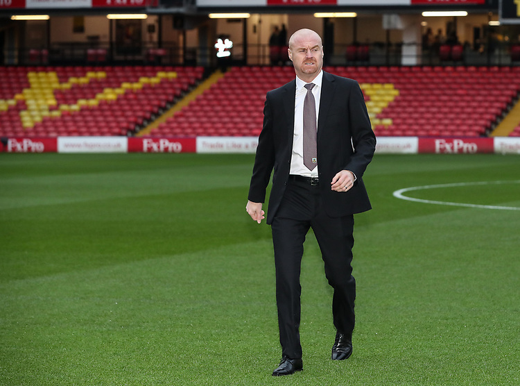 Burnley's manager Sean Dyche inspecting the pitch before the match<br /> <br /> Photographer Andrew Kearns/CameraSport<br /> <br /> The Premier League - Watford v Burnley - Saturday 19 January 2019 - Vicarage Road - Watford<br /> <br /> World Copyright &copy; 2019 CameraSport. All rights reserved. 43 Linden Ave. Countesthorpe. Leicester. England. LE8 5PG - Tel: +44 (0) 116 277 4147 - admin@camerasport.com - www.camerasport.com