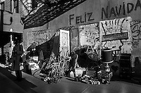 Feliz Navidad. Street photography, Lower East Side, New York. USA