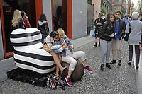- Milan, during the annual fair of furniture and design in the whole city happen many exibitions and collateral initiatives organized by companies and artists of the sector; arts district of Brera street<br /> <br /> - Milano, durante la fiera del mobile e del design in tutta la citt&agrave;  si svolgono una serie di mostre ed iniziative collaterali organizzate da aziende ed artisti del settore; quartiere artistico di via Brera