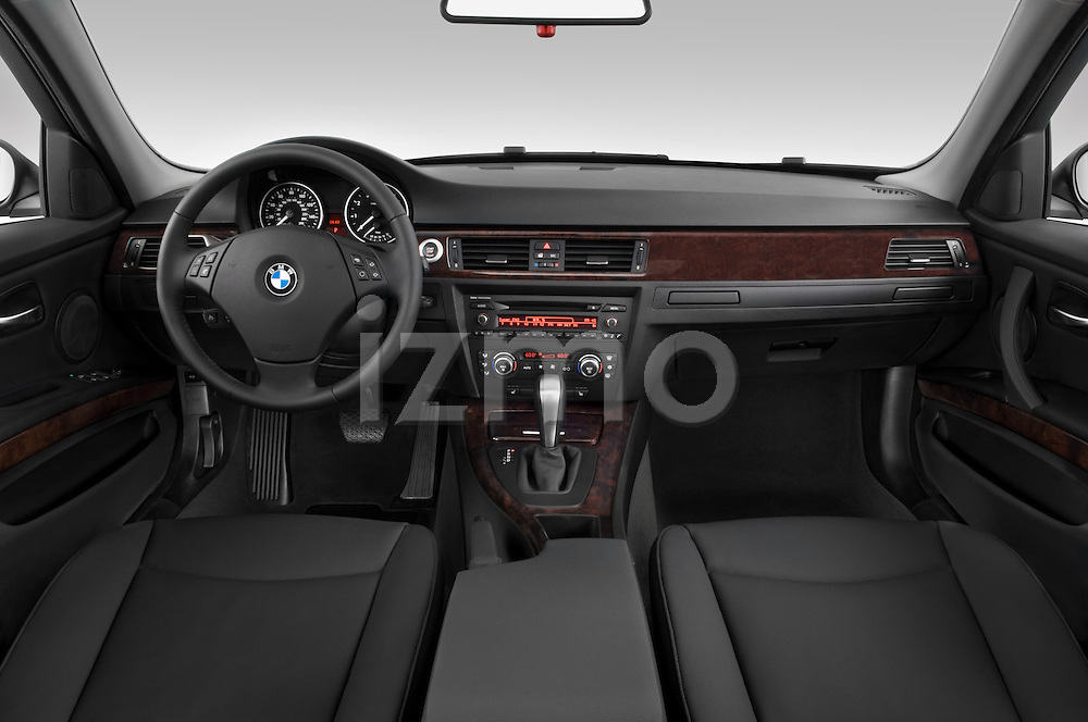 Straight dashboard view of a 2005 - 2008 BMW 3-Series 328i Wagon.
