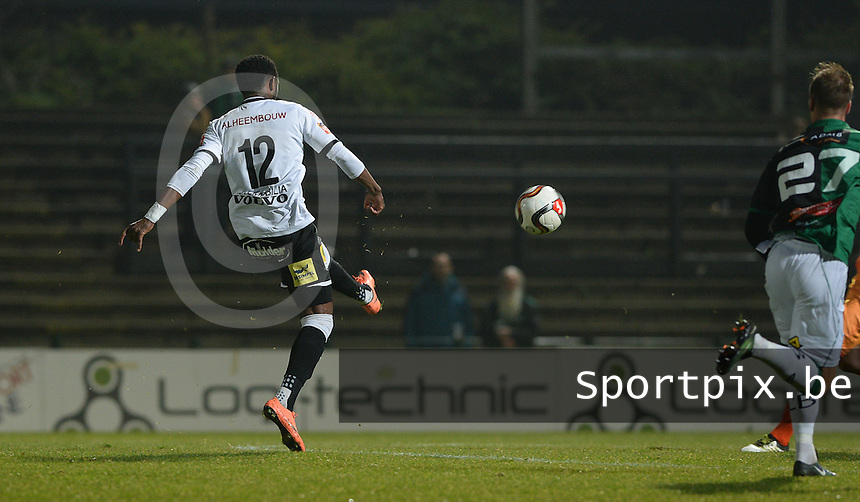 20161217 - ROESELARE , BELGIUM : Roeselare's Ebrahima Ibou Sawaneh pictured scoring the 1-0 during the Proximus League match of D1B between Roeselare and Cercle Brugge, in Roeselare, on Saturday 17 December 2016, on the day 20 of the Belgian soccer championship, division 1B. . SPORTPIX.BE | DAVID CATRY