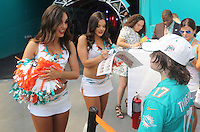 Miami Dolphins Cheerleader Holly Warden left  with Roomate  Etta from Great Britain with Fans on the 25th September 2016 at  the Hard Rock Stadium Miami Florida