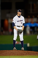 Bowling Green Hot Rods relief pitcher Simon Rosenblum-Larson (18) gets ready to deliver a pitch during a game against the Peoria Chiefs on September 15, 2018 at Bowling Green Ballpark in Bowling Green, Kentucky.  Bowling Green defeated Peoria 6-1.  (Mike Janes/Four Seam Images)