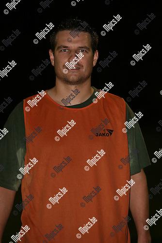 2008-09-11 / Voetbal / Gooreind VV / Tom De Weerdt..Foto: Maarten Straetemans (SMB)