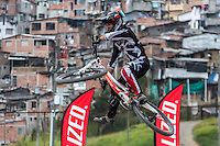 MANIZALES-COLOMBIA. 08-01-2016: Competencia de Down Hill en la Feria de Manizales. La carrera empezó en el barrio Cervantes y finalizó en Los Arrayanes. El ganador, por quinto año consecutivo, fue el manizaleño Marcelo Gutiérrez quien hizo los dos mejores tiempos en los lanzamientos actividad que forma parte de la versión número 60 de La Feria de Manizales 2016 que se lleva a cabo entre el 2 y el 10 de enero de 2016 en la ciudad de Manizales, Colombia. / Downhill Competition at the Fair of Manizales. The race started in the Cervantes neighborhood and ended in Los Arrayanes. The winner for the fifth consecutive year, was the Manizales Marcelo Gutiérrez who made the two best times in the releases the activity is part of the 60th version of Manizales Fair 2016 takes place between 2 and 10 January 2016 in the city of Manizales, Colombia. Photo: VizzorImage / Kevin Toro / Cont