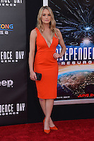 Hunter King @ the premiere of 'Independence Day: Resurgence' held @ the Chinese theatre.<br /> June 20, 2016.