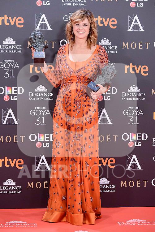 Emma Suarez pose to the media with the Goya award at Madrid Marriott Auditorium Hotel in Madrid, Spain. February 04, 2017. (ALTERPHOTOS/BorjaB.Hojas)