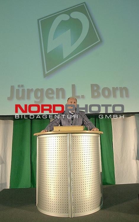 Mitgliederversammlung SV Werder Bremen<br /> Juergen L. Born<br /> Foto &copy; nordphoto <br /> <br />  *** Local Caption *** Foto ist honorarpflichtig! zzgl. gesetzl. MwSt.<br />  Belegexemplar erforderlich<br /> Adresse: nordphoto<br /> Georg-Reinke-Strasse 1<br /> 49377 Vechta