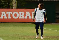 SAO PAULO, SP, 15.08.2014 - PALMEIRAS TREINO -  Valdivia meia do Palmeiras, durante o treino do Palmeiras na Academia de futebol zona oeste nesta sexta feira 15. (Foto: Bruno Ulivieri - Brazil Photo Press).