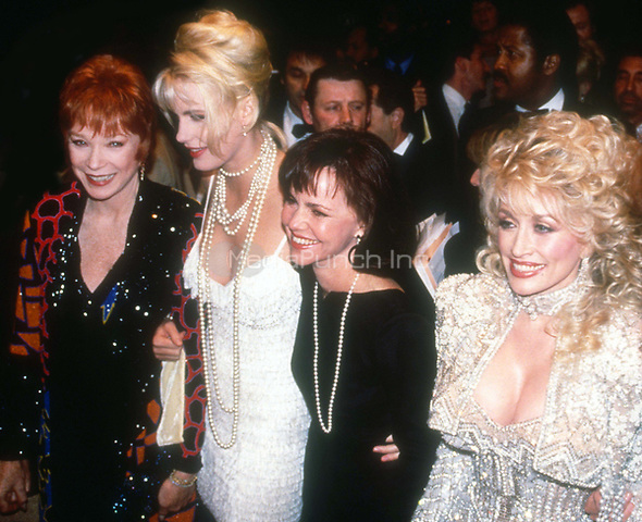 #ShirleyMcLaine #DarrylHannah #SallyField #DollyParton 1989<br /> Photo By Adam Scull/PHOTOlink.net / MediaPunch