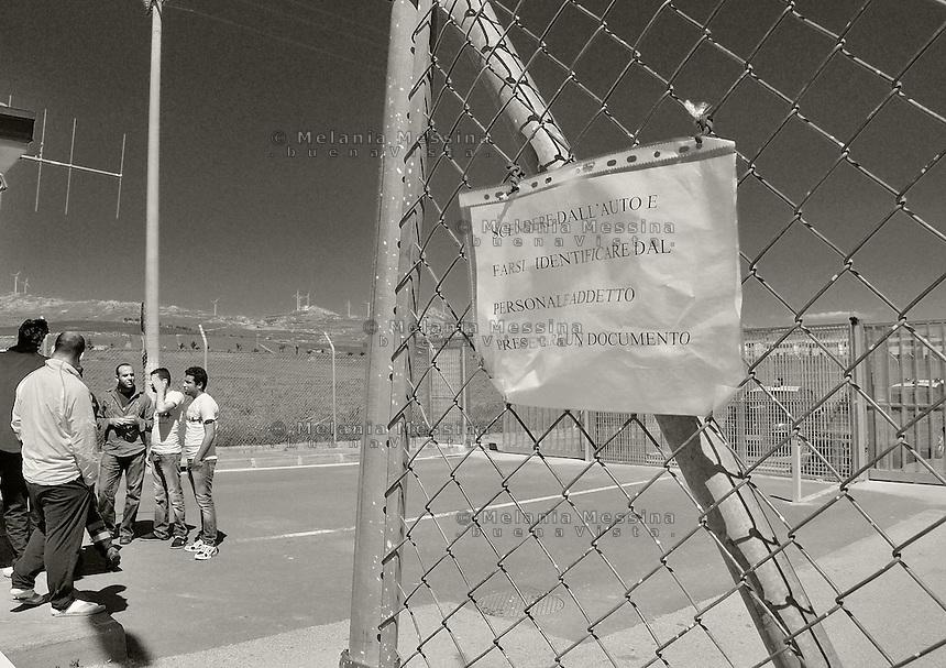 Mineo, Catania: &quot;residence degli aranci&quot;  asylum seekers trapped in the center in Mineo without knowledge of what's going to happen to them.<br /> Mineo, Catania: &quot;residence degli aranci&quot;, richiedenti asilo vivono nell'assoluta incertezza del loro destino e dei tempi in cui verr? chiarita la loro posizione.