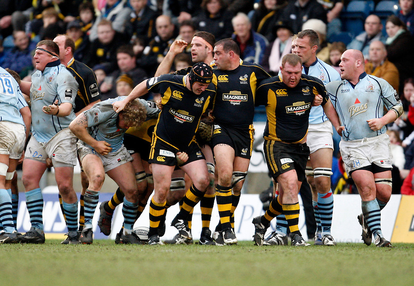 Photo: Richard Lane/Richard Lane Photography. .London Wasps v Bristol Rugby. Guinness Premiership. 23/02/3008. The Wasps front row power throgh the Bristol pack.